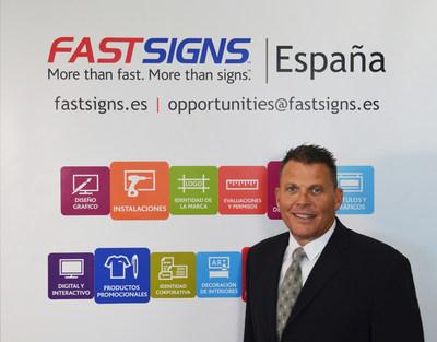 FASTSIGNS International, Inc. firma un acuerdo de franquicia maestra para ampliar su presencia en España