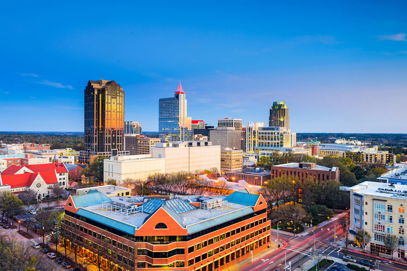 Air Canada Expands its Presence in North Carolina with a New Route and Enhanced Services to Raleigh and Charlotte (CNW Group/Air Canada)