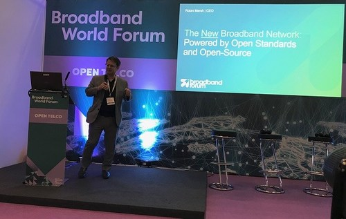 Robin Mersh addresses Broadband World Forum delegates, calling on the industry to embrace the best of both open standards and open source