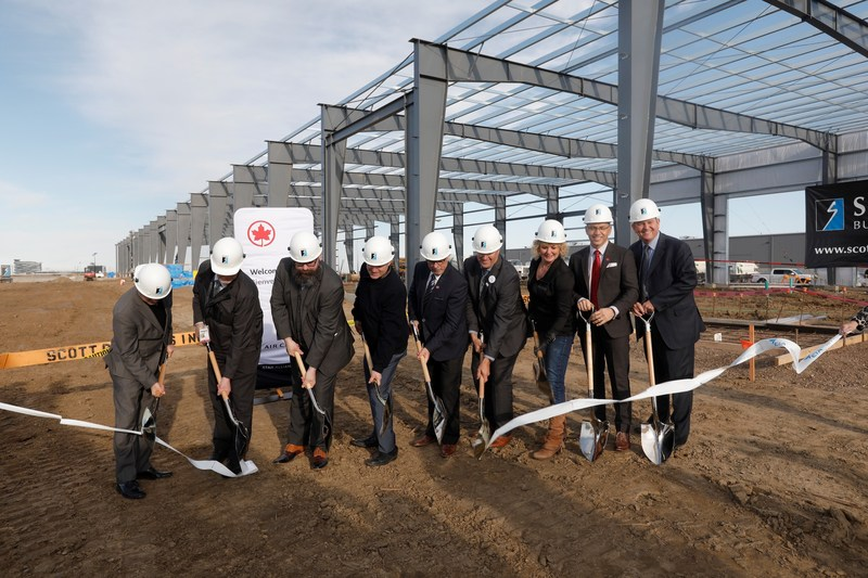 Air Canada and its partners held a ceremony in Edmonton today to highlight construction of a new facility for Air Canada Cargo and Ground Services Equipment. (CNW Group/Air Canada)