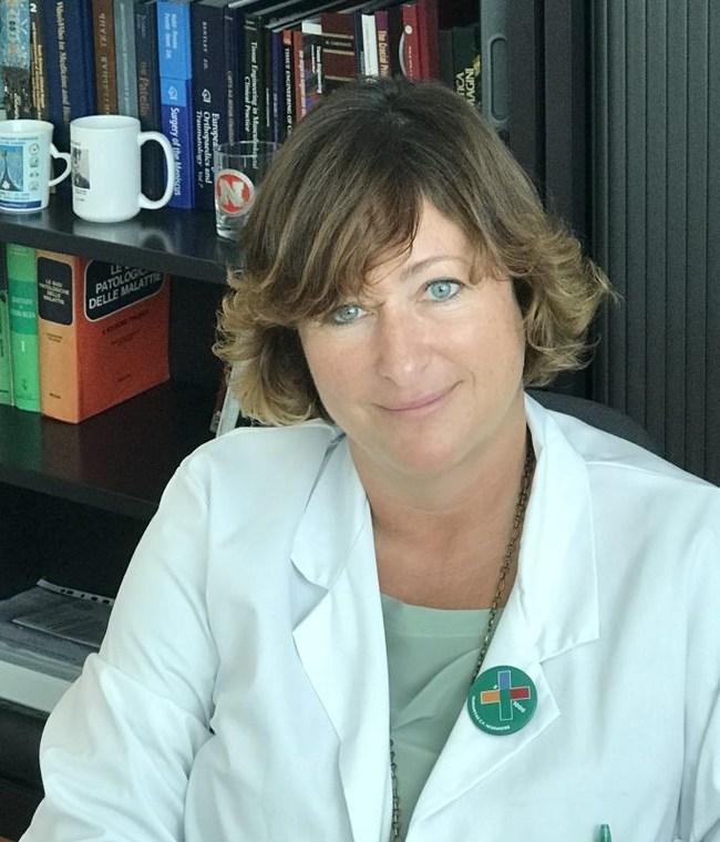 Prof. Elizaveta Kon Performs the 100 Agili-C Implant Procedure in Cartiheal's Pivotal Study