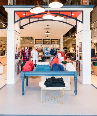 Lands' End opens a new store at The Outlets at Bergen Town Center in Paramus, New Jersey.