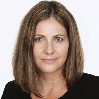 Irene Gentle, editor of the Toronto Star, will guide the discussion with featured speaker Alan Rusbridger, former editor of The Guardian, at The Canadian Journalism Foundation's J-Talk in Toronto on Nov. 29. (CNW Group/Canadian Journalism Foundation)