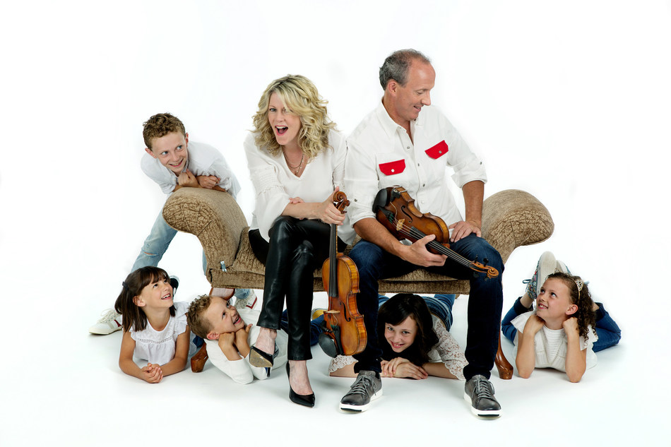 marblemedia to Get Toes Tapping With A Celtic Family Christmas (CNW Group/marblemedia)
