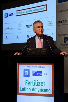 Robert Perlman, Chairman of CRU Group, addresses delegates at the Fertilizer Latino Americano Conference 2017