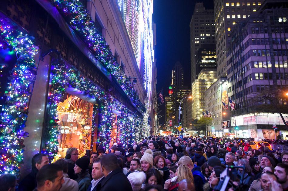 (PRNewsfoto/Saks Fifth Avenue)