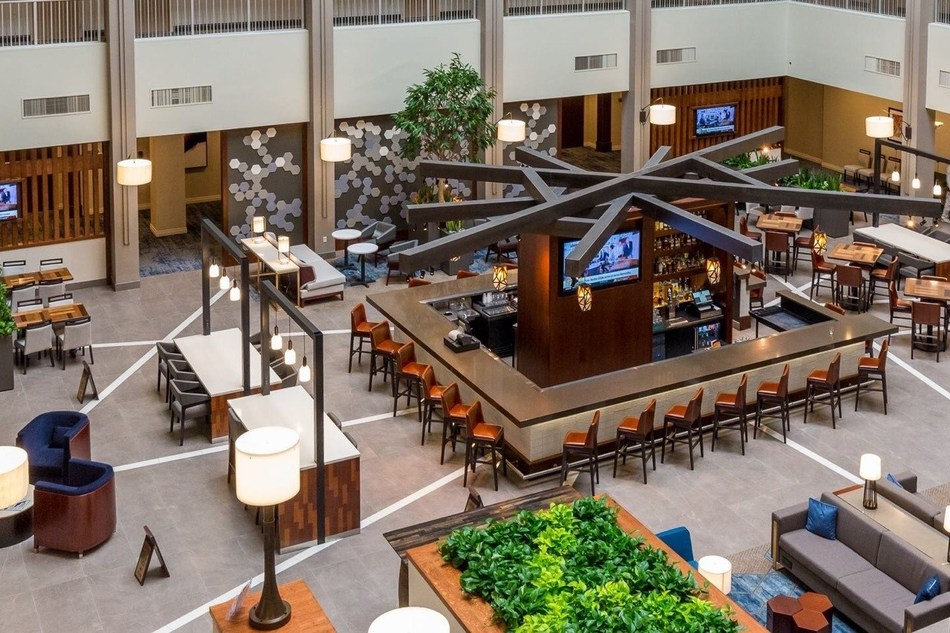 Significant renovations have been completed at the Embassy Suites Cincinnati, including the rebuilt atrium (pictured). (CNW Group/American Hotel Income Properties REIT LP)