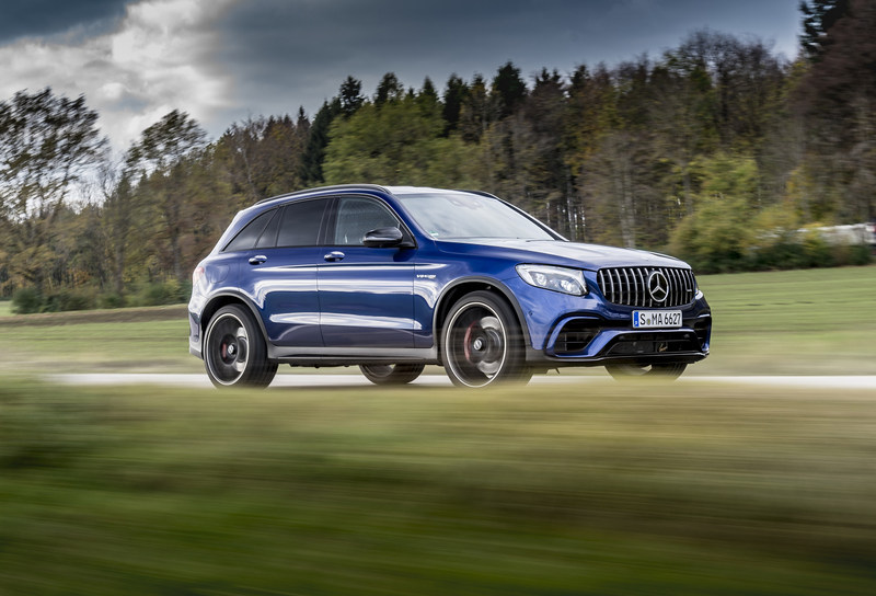 The top two volume-drivers for the month were SUVs: the GLE SUV and the GLC SUV, which saw sales increases of 68.7% and 9.5% respectively compared to October 2017. (CNW Group/Mercedes-Benz Canada Inc.)