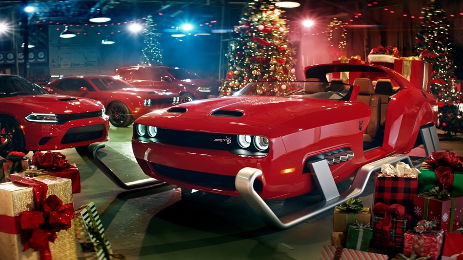 "FCA Year-End ""Big Finish"" Campaign across Chrysler, Dodge, Jeep and Ram puts a spin on holiday song classics with musical Artists Gwen Stefani, OneRepublic and actress Kathryn Hahn"