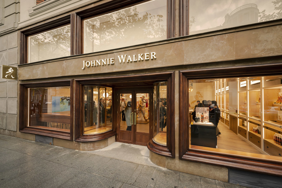 Johnnie Walker, the world's No.1 Scotch Whisky, opened its first flagship experiential retail store in Madrid yesterday. The cutting-edge store is located on Calle de Serrano - adjacent to the Puerta de Alcalá - in the fashionable Barrio de Salamanca district of the Spanish capital. (PRNewsfoto/Johnnie Walker)