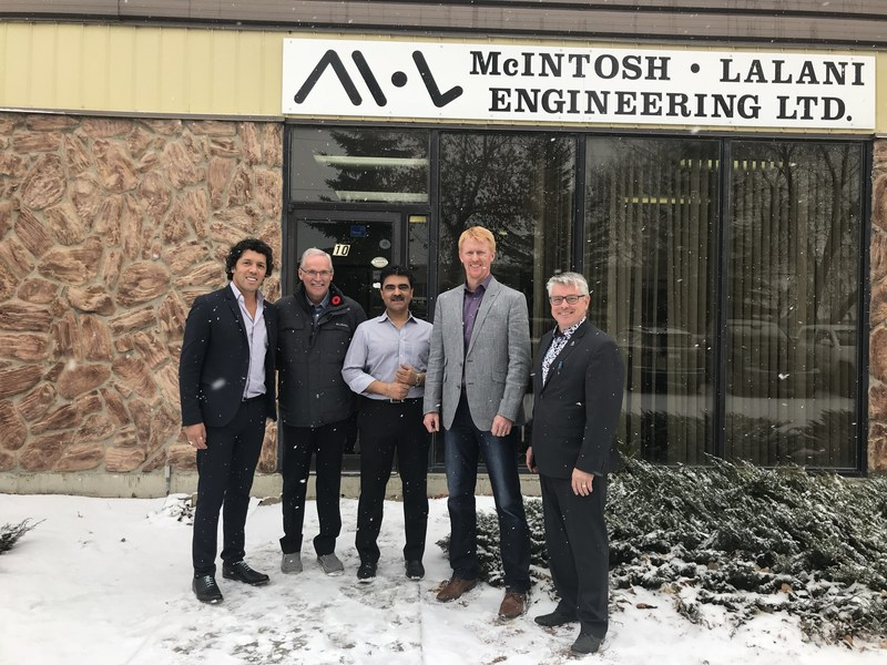 (From left to right) Tewfik Atia, MBA, CPA, CMA, VPO Western Canada and Ontario, Sandy McIntosh, P. Eng., Director Expertise, Nazim Lalani, P. Eng., Department Director, Calgary, Marty Ward, P. Eng., Director Engineering and Stephen Montminy, Eng., Copresident. (CNW Group/Englobe)