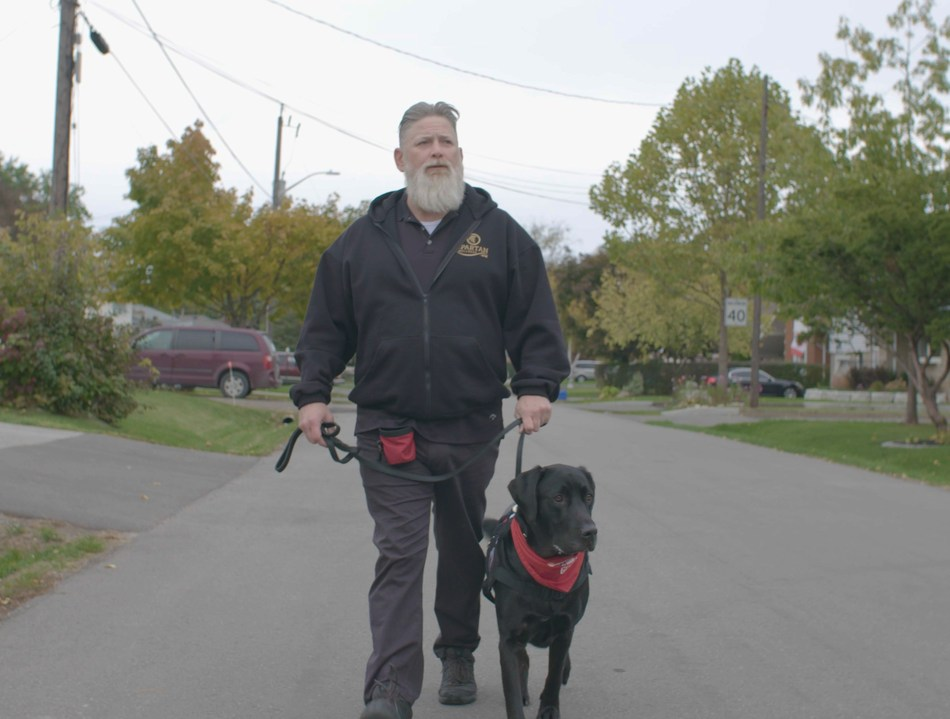 UPS® and Wounded Warriors Canada deliver a holiday wish (CNW Group/UPS Canada Ltd.)
