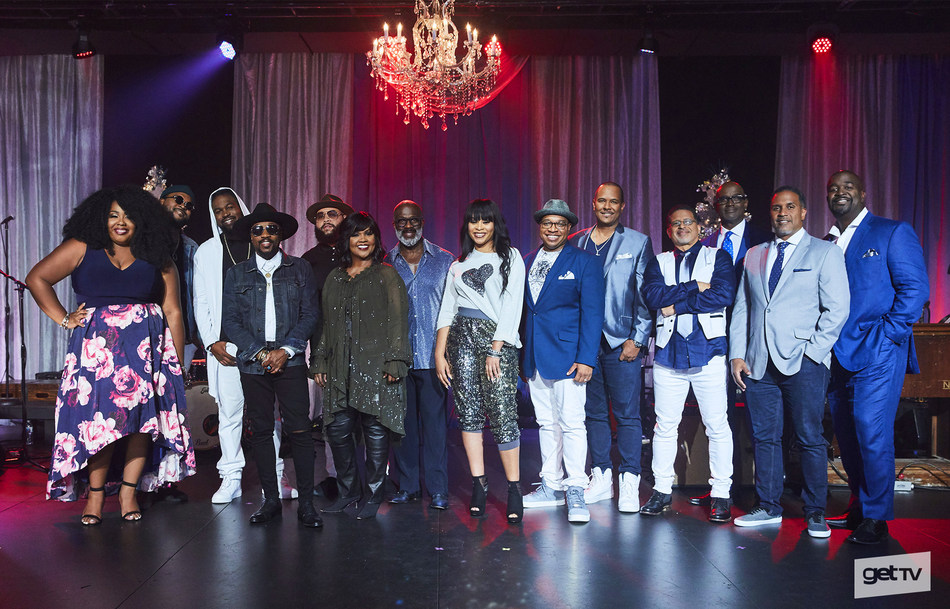 """The cast of getTV's second annual original Holiday special """"The Soul & Spirit of Christmas."""" From left: Kyla Jade, Anthony Hamilton & The HamilTones, CeCe Winans, BeBe Winans, Koryn Hawthorn, and Take 6.  (Photo Credit: Sony Pictures Television)"""