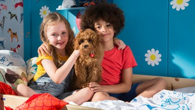 The kids' series Waffle the Wonderdog has been picked up by international broadcasters. The show is produced by Darrall Macqueen and distributed by DHX Media. (CNW Group/DHX Media Ltd.)