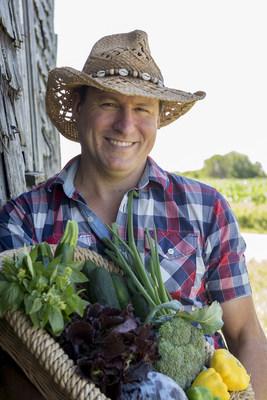 M. James Thompson, lauréat du Prix de la relève agricole 2018 (Groupe CNW/Cabinet du ministre de l'Agriculture, des Pêcheries et de l'Alimentation)