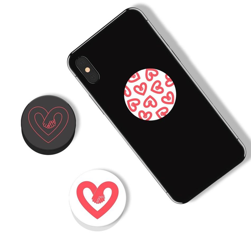 PopSockets Collaborates with Zendaya To Launch Its Poptivism Platform