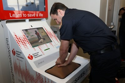 The interactive Hands-Only CPR training kiosk supported by Anthem Foundation teaches Hands-Only CPR in five minutes.