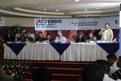 Comunidades, Gobierno y empresa privada firman acuerdo por el Desarrollo y la Paz de San Mateo Ixtatán