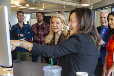 WW President and CEO Mindy Grossman and CFO Nick Hotchkin meet with members of the Product and Technology teams in the new WW San Francisco office.