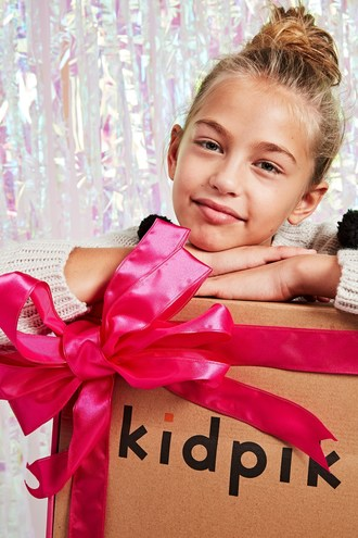 kidpik holiday fashion box
