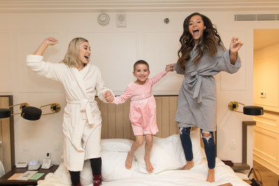 Award-winning Maddie and Tae took time to have a little fun with 5-year-old cancer patient Caroline Lantz at their hotel before preparing for the CMA Awards on Nov. 14, 2018, courtesy of Aflac – a longtime supporter of families facing childhood cancer. Photo Credit: Sara Kauss Photography
