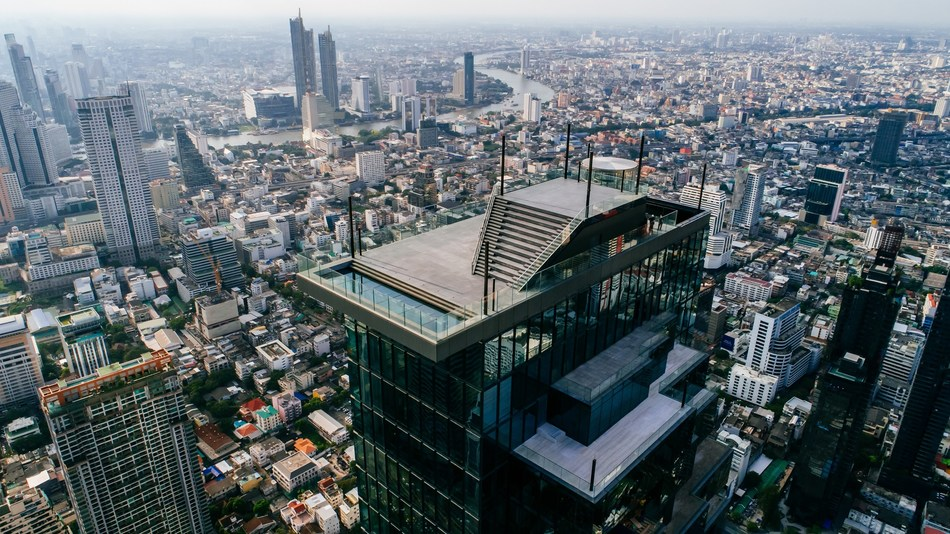 King Power Mahanakhon Unveils New World Class Tourist Destination 'Mahanakhon SkyWalk' Thailand's Highest 360-degree Observation Deck and Rooftop Bar (PRNewsfoto/King Power Mahanakhon)