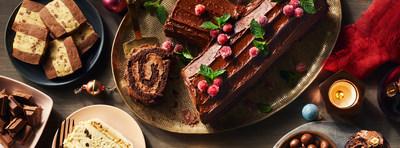Tartinade croquante au chocolat et aux noisettes PC(MD) - Une gâterie classique rendue encore plus irrésistible, cette somptueuse tartinade aux noisettes et au chocolat est parsemée de noisettes finement hachées pour une subtile touche croquante sous la dent. Préparée avec du cacao certifié UTZ, elle est délectable sur tout, comme les bagels, les rôties, les crêpes et les gaufres. (Groupe CNW/Loblaw Companies Limited)