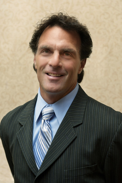 Canuck Play & Spear Interactive welcomes Hall of Fame Quarterback and Heisman Trophy winner Doug Flutie as partner and brand ambassador to the Maximum Football video game franchise. Flutie has agreed to a multi-year relationship with Maximum Football and will lend his name and likeness to the franchise beginning in Fall 2019 with the anticipated release of Doug Flutie's Maximum Football.