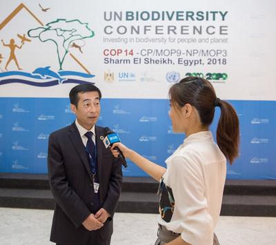 Zhang Jianqiu, CEO of Yili Group, interviewed by Xinhua News Agency