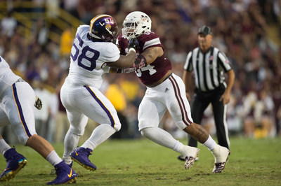 Mississippi State junior defensive tackle Jeffery Simmons has won the fan voting portion of the 2018 C Spire Conerly Trophy, which annually honors the Magnolia State's top college football player.  Simmons, considered one of the nation's top defensive linemen, was the top vote getter among 10 finalists.  A record 44,175 votes were cast during the week-long fan voting.  A poll of sports media representatives determines the final winner - photo courtesy of Mississippi State Athletics