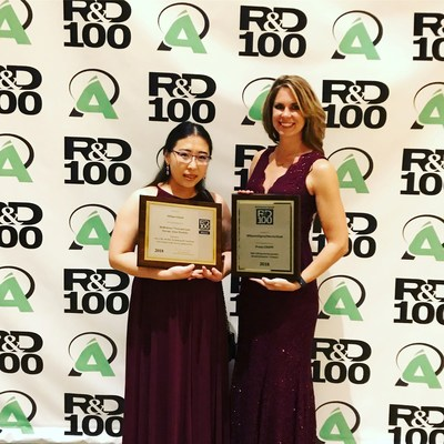 Michelle Ding, R&D scientist at Merck, and Joanne Worobec, product marketing manager at Merck, accept the company's R&D 100 Awards at a ceremony held recently in Orlando, Florida. The R&D 100 Awards program identifies and celebrates the top 100 revolutionary technologies of the past year, spanning industry, academia and government-sponsored research.