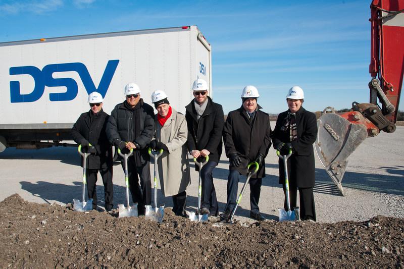 Ground-breaking DSV Milton, Ontario Canada *Photo courtesy of Herman Custodio (CNW Group/DSV Global Transport and Logistics)