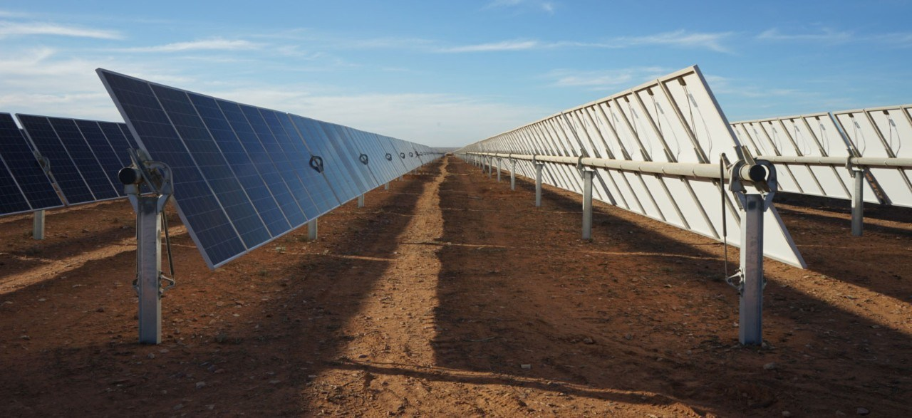 NX Horizon smart solar tracker on Australian solar farm, 2018.
