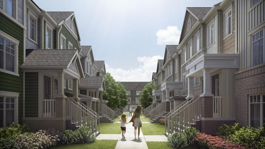Stacked townhomes in the final 'Berkshire Abbey' phase at Kingmeadow in Oshawa (CNW Group/The Minto Group)