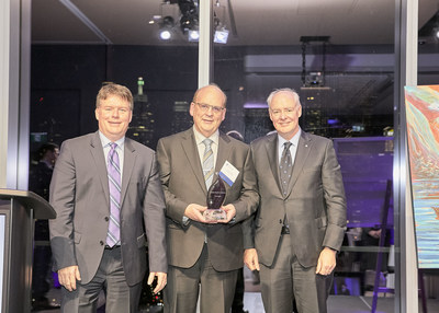 From left to right: Kevin Ladner, CEO and Executive Partner at Grant Thornton LLP; Glenn Cooke, CEO of Cooke Aquaculture Inc.; and The Honourable Perrin Beatty, President and CEO at The Canadian Chamber of Commerce. (CNW Group/Grant Thornton LLP)