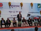 Inauguration of Fuel at Doorstep initiative by Bimal Dayal, CEO, Indus Towers and IOCL officials (PRNewsfoto/Indus Towers)