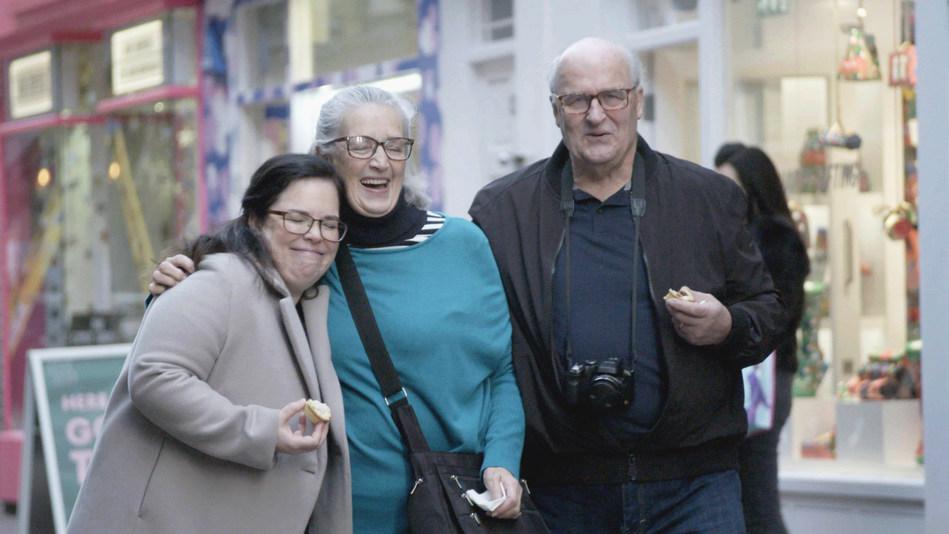 A heart-warming reunion in London between Halifax parents and their daughter (CNW Group/WESTJET, an Alberta Partnership)
