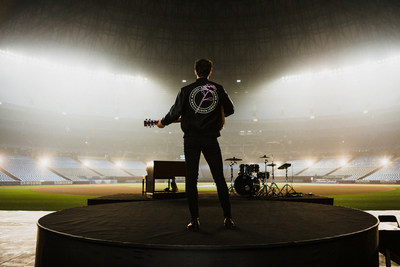 Shawn Mendes wearing the Roots x Shawn Mendes Award Jacket at Rogers Centre, in Toronto. (CNW Group/Roots Corporation)