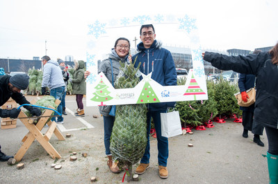 One of the best parts of buying a real Christmas tree is the adventure of finding the perfect one for you and your home. (CNW Group/Forests Ontario)