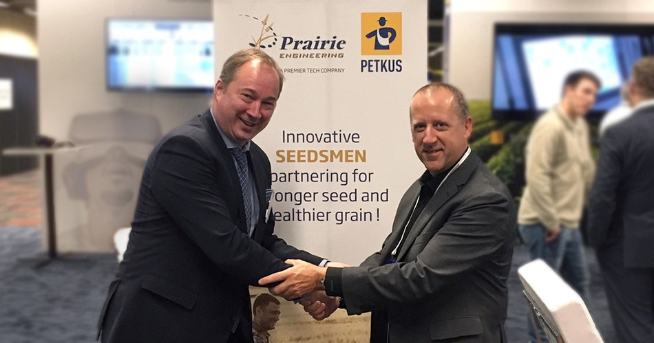 Mark Scholze – CEO of PETKUS and André Noreau – President of the Premier Tech Industrial Equipment Group (CNW Group/Premier Tech)