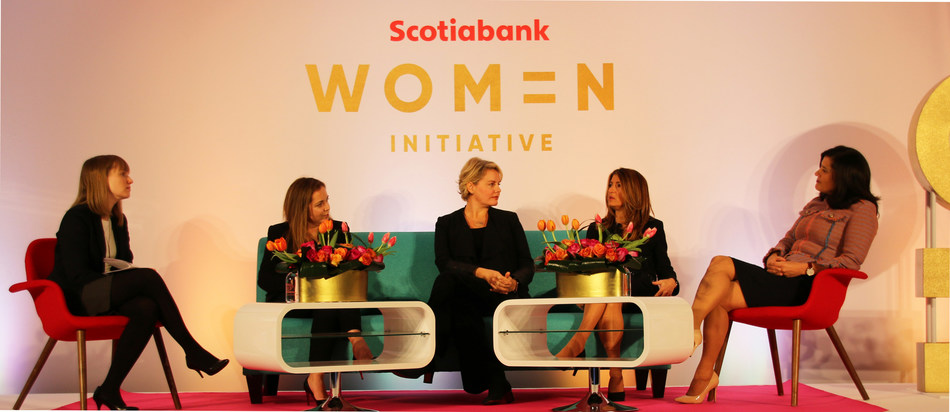 Kristine Owram, reporter, at Bloomberg, sat down with Gillian Riley, Executive Vice-President, Scotiabank, and three Scotiabank clients, Elaine Ilavsky Bowes, Sonja Davies and Teresa Cascioli during the launch of The Scotiabank Women Initiative event on December 5 at the Scotiabank Centre in Toronto. (CNW Group/Scotiabank)
