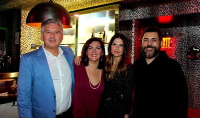 Gino Ginocchio, Natacha Ginocchio, Angela Garcia-Moreno y Waldo Tejada.