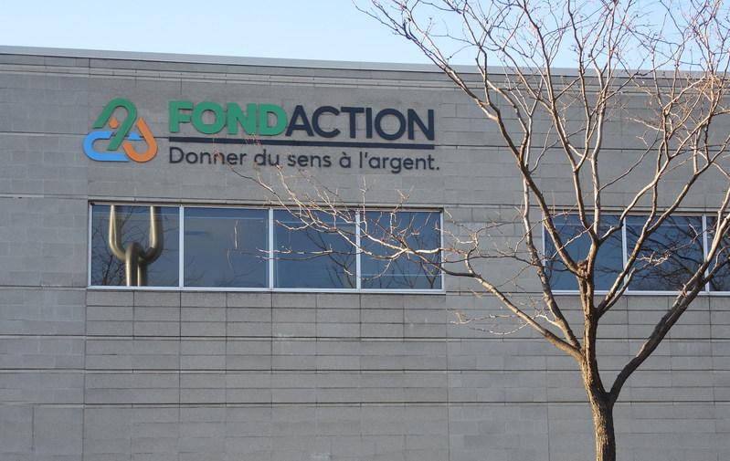 Depuis l'Accord de Paris en 2015, Fondaction a réduit de 51 % l'empreinte carbone de ses placements sur les marchés boursiers mondiaux. (Groupe CNW/Fondaction)