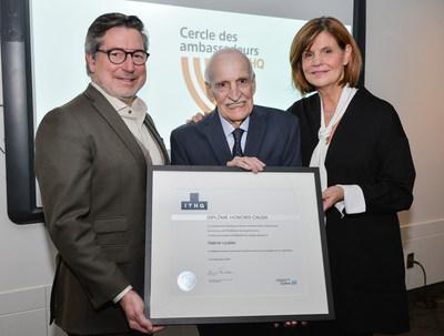 Honoris causa :  M. Paolo Di Pietrantonio, président du conseil d'administration de l'ITHQ, M. Gabriel Loubier, ministre fondateur de l'ITHQ, l'honorable Liza Frulla, directrice générale de l'ITHQ (Groupe CNW/Institut de tourisme et d'hôtellerie du Québec)