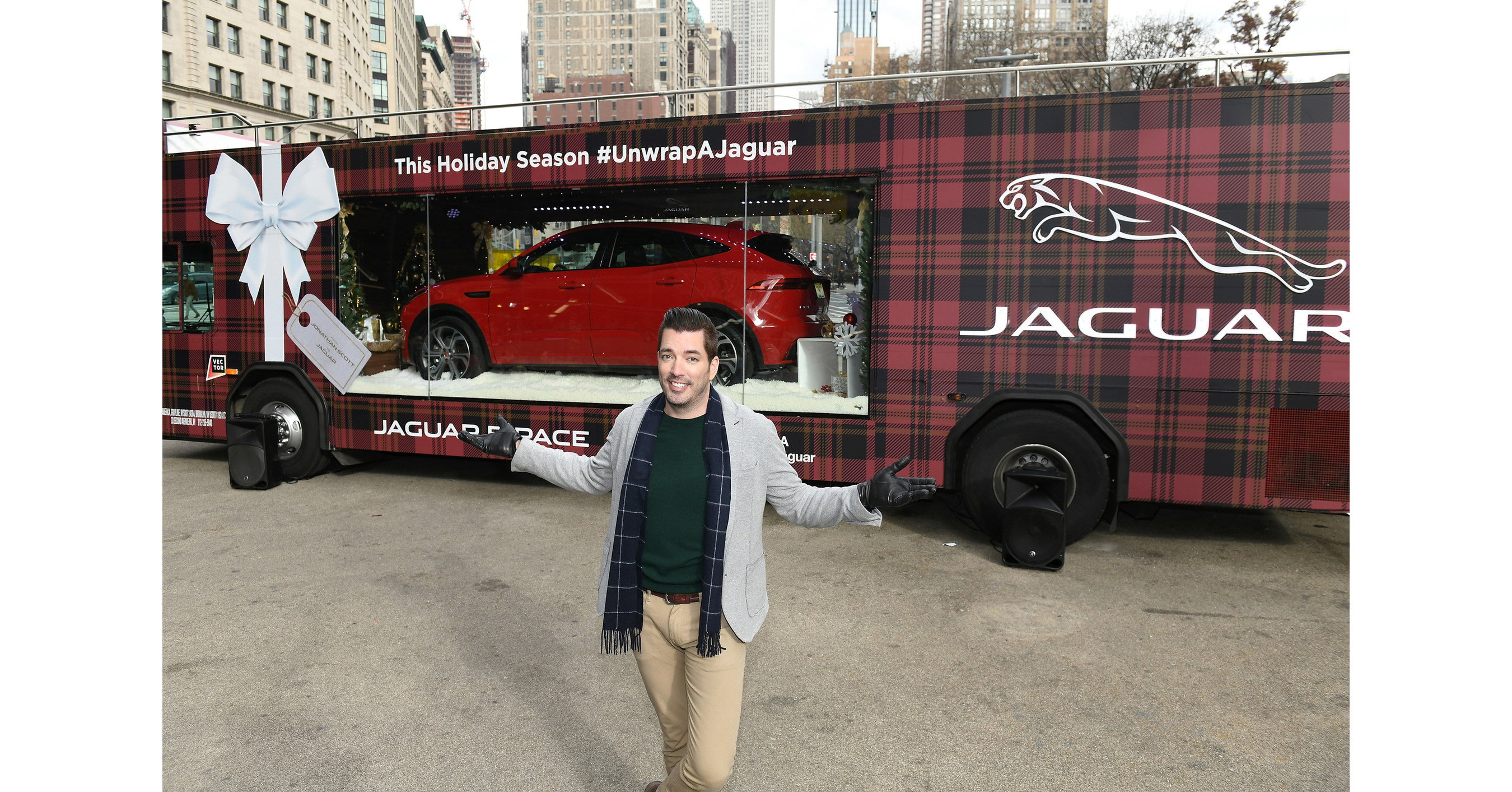 Jaguar And Hgtv S Jonathan Scott Unveil First Ever Mobile Holiday Window In Celebration Of The Season