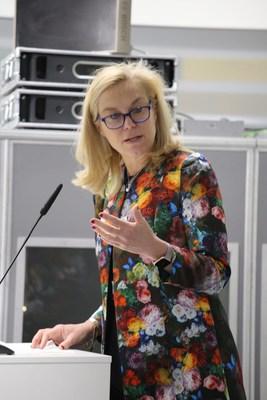 Sigrid Kaag, ministra de Comercio Exterior y Cooperación para el Desarrollo de los Países Bajos y copresidenta de la Asociación de CDN para el período 2019-2020 (PRNewsfoto/NDC Partnership)