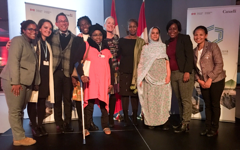 Minister McKenna met with Franco-African women climate negotiators to discuss the critical role of women's voices when tackling climate change. (CNW Group/Environment and Climate Change Canada)
