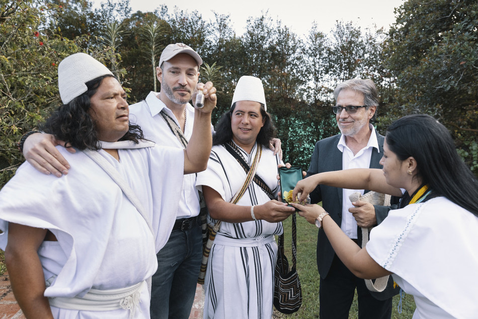 PharmaCielo Co-Founders Commit to Cultivation of 500 Year Old Cannabis Seeds Donated by Colombian Indigenous Leaders (CNW Group/PharmaCielo)