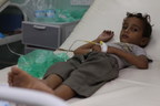 On 1 October 2018 in Al Marawi'ah District, Hudaydah Governorate, Yemen, Firas Ibrahim Rahimi is treated for a suspected case of cholera at Kamaran Hospital. © UNICEF/UN0240907/Saeed (CNW Group/UNICEF Canada)