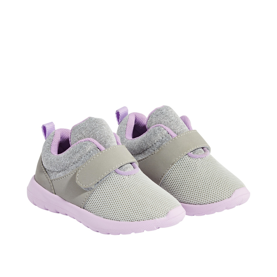 Loblaw Companies Limited is voluntarily recalling Joe Fresh® Baby Girls Running Shoes with style code BGF8F50151 (CNW Group/Loblaw Companies Limited - Joe Fresh)
